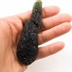 Large naturally divided moldavite