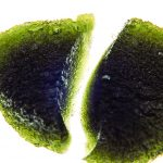 Naturally fragmented moldavite